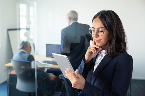 Sistemas de información en las empresas: importancia, tipos y tips para tu negocio